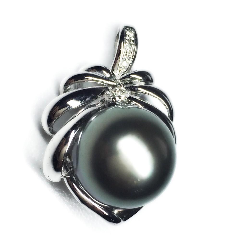 黒真珠トップ 18.3g