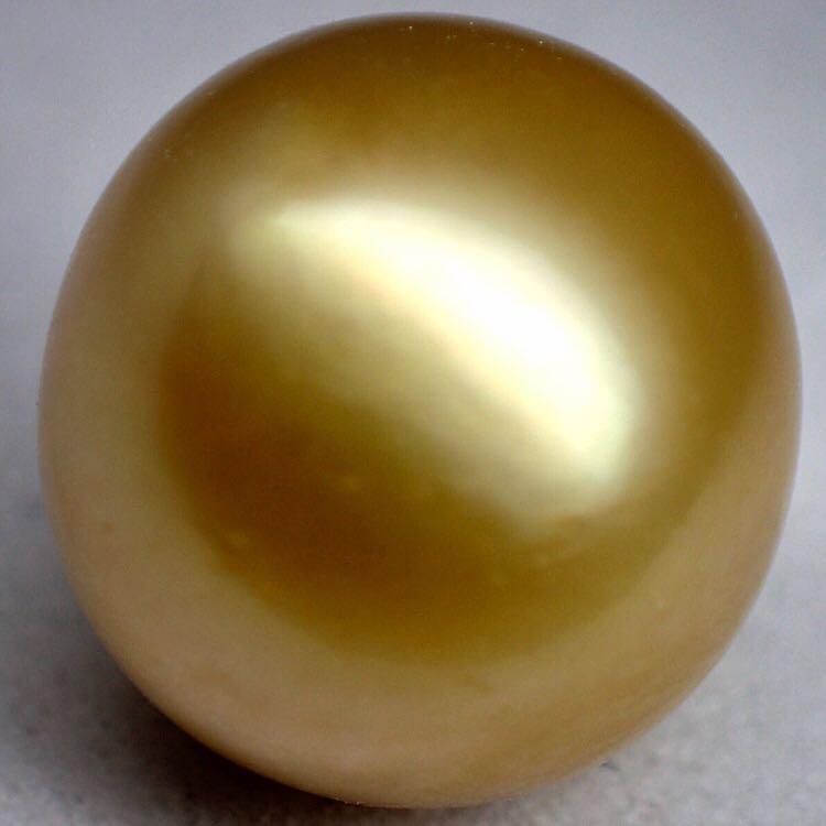 ゴールデンパール(白蝶真珠) 2.8g
