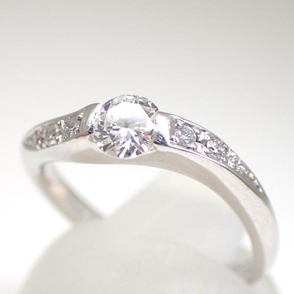 婚約指輪ダイヤモンドリング0.30ct