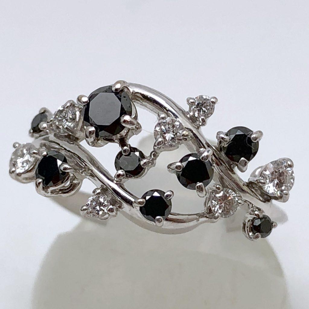 ブラックダイヤモンドリング0.7ct