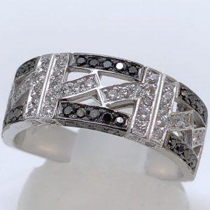 ブラックダイヤモンドリング0.61ct