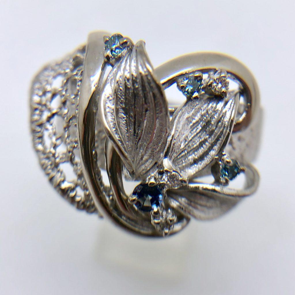ブルーダイヤモンドの指輪0.13ct