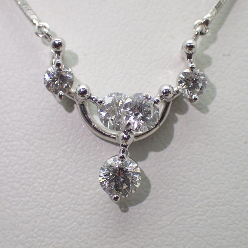 ダイヤモンドスィングペンダント0.71ct