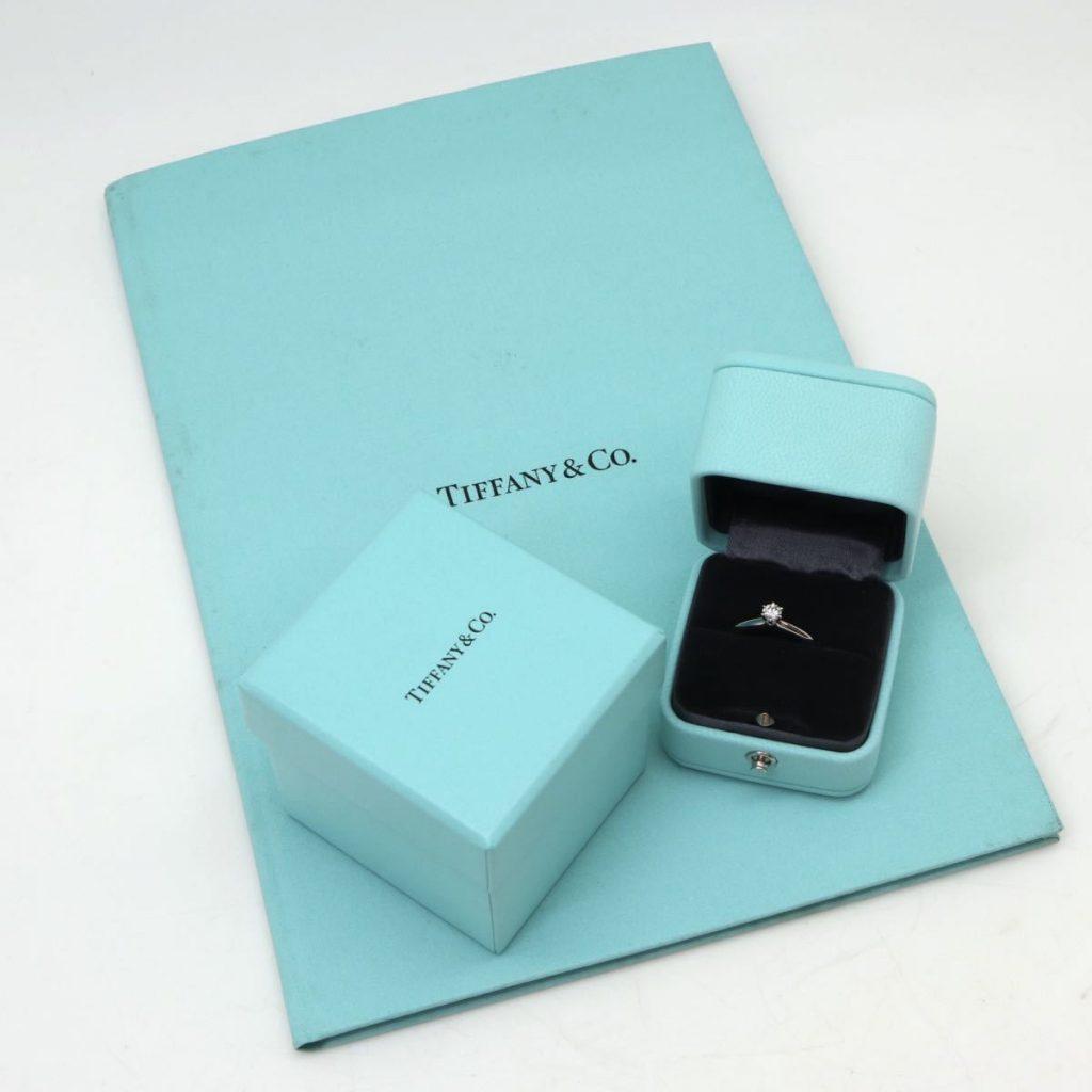 TIFFANY&Co.天然ダイヤモンドリング 0.23ct(ケース 箱 鑑別書付)
