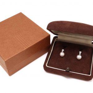 アコヤ本真珠イヤリング 3.1g(ケース、箱付き)