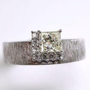天然ダイヤモンドリング 0.58ct