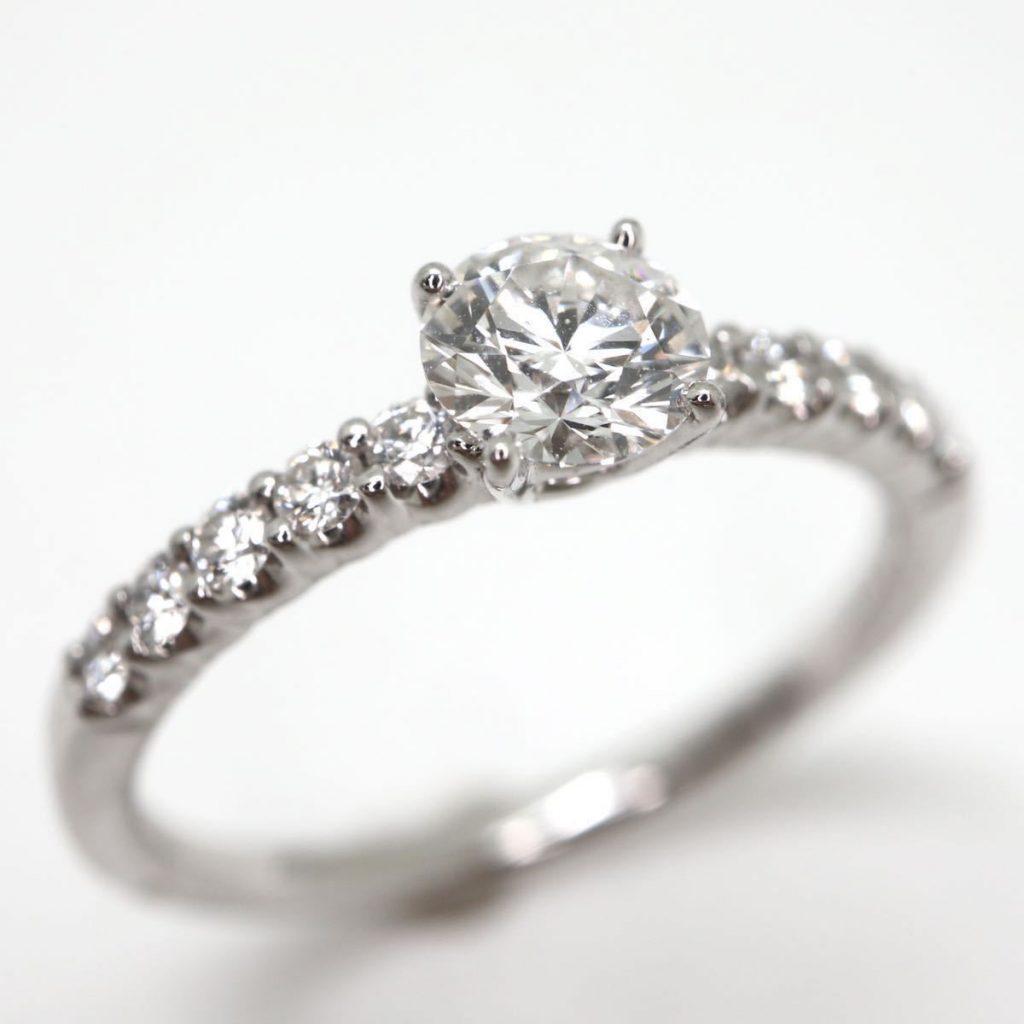 天然ダイヤモンドリング0.32ct/0.13ct